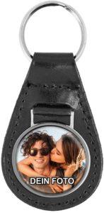 Leder-Schlüsselanhänger mit eigenem Foto unter Domingoberfläche