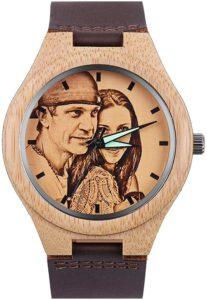 HOUSWEETY Personalisierte hölzerne Uhren